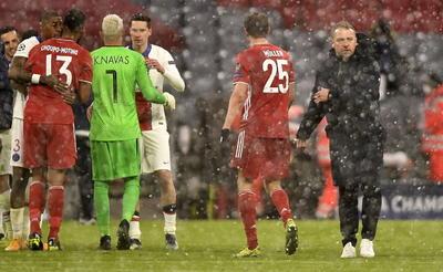 Un brillante Mbappé da triunfo al PSG en cancha del Bayern