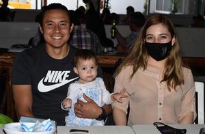 08042021 Luis Felipe Álvarez, Laura Merino y Alejandra Álvarez.