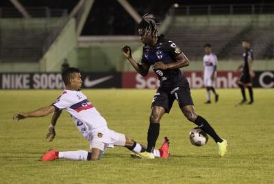 Monterrey cumple con la lógica y golea al Atlético Pantoja