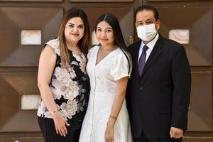 10042021 Valeria Ramos, Benito Ramos y Maru Meléndez.