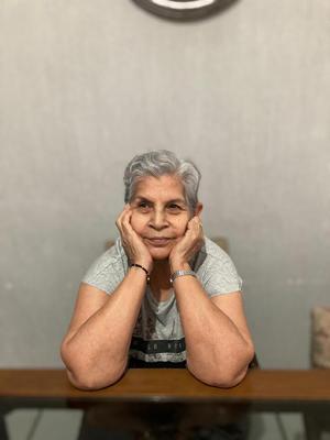 11042021 Sra. Guillermina Rodríguez Lira celebrando su cumpleaños el pasado 23 de marzo.
