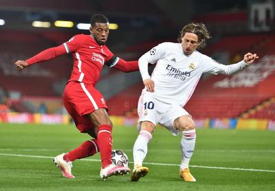 El Real Madrid empata en Anfield y accede a semifinales