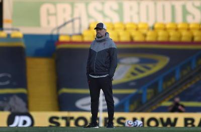 Leeds recibe a Liverpool con protestas contra nueva Superliga
