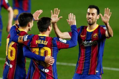 Messi se afianza con doblete en victoria del Barcelona ante Getafe