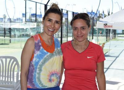 Mónica y Alicia.