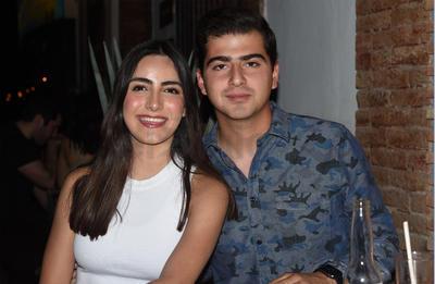 Renata y Diego.