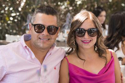 Roberto Flores y Eloisa Valdez.