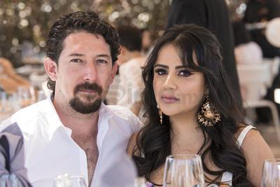 Juan Barousse y Karla Urby