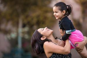 25042021 Cumpleaños número tres de Valeria Torres González acompañda de su mamá Elisa González.