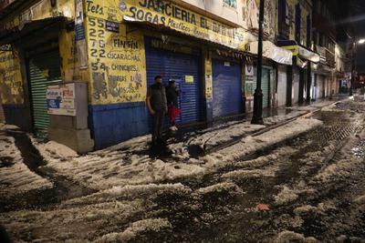Colapsa por granizo techumbre que resguarda Templo Mayor en CDMX