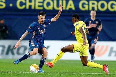 Villarreal derrota al Arsenal en la ida de semifinales de la Europa League
