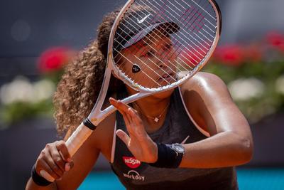 Naomi Osaka libra primera ronda del Abierto de Madrid