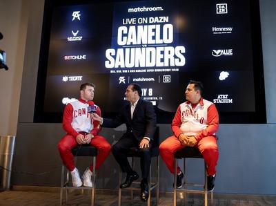 Se espera que Álvarez y Saunders se vean frente a frente este martes en el estadio AT&T, hogar de los Cowboys de Dallas en la NFL y del combate de este sábado.