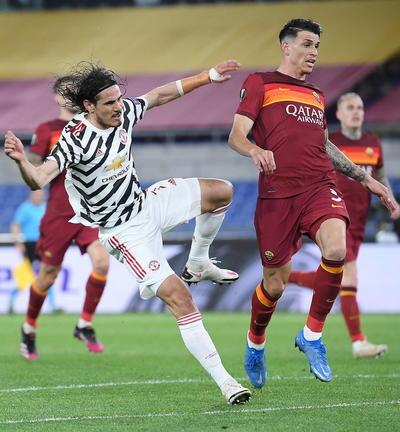 Manchester United frena a la Roma en la Europa League y logra su primera final en 4 años