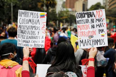 Rechazan violencia y llaman a diálogo en Colombia
