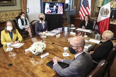 AMLO y Kamala Harris sostienen encuentro virtual
