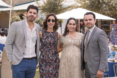 CELEBRAN. Miguel, Adriana, Elva y Javier en el bautizo de Bautizo Santiago Dávila Habib.