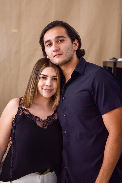 Paola Martínez y Enrique Villavicencio fueron partícipes de la presentación performance y experiencia sensorial El cuerpo sabe volar