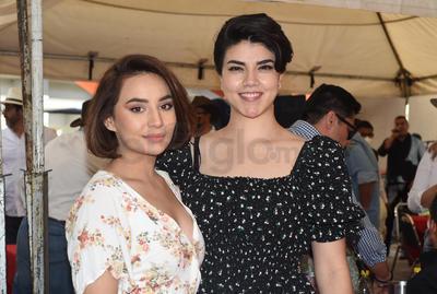 Rosy Salcedo y Samantha Franco.