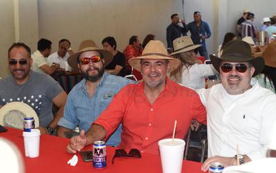 Fallo, Ricardo y Juan.