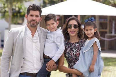 Miguel, Miguel, Adriana y Ana.