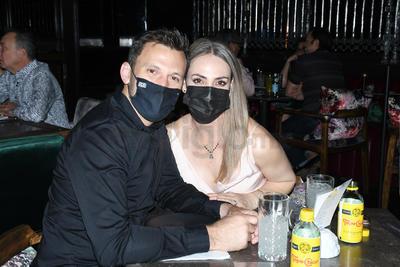 Xavier Carrillo y Claudia Cano.