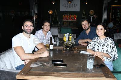 José Antonio, Jesús, Aguirre Ricardo y Elizabeth.