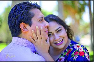08052021 Dora Luz Díaz Escobedo y Elias Vicente Carreón Muñoz festejan el día de hoy 8 de mayo del 2021 su boda.