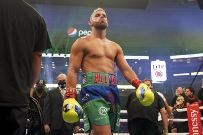'Canelo' Álvarez derrota por nocaut técnico a Billy Joe Saunders