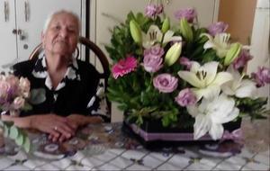 10052021 Sra. Juanita Bustos de López festejando el dÍa de las madres.