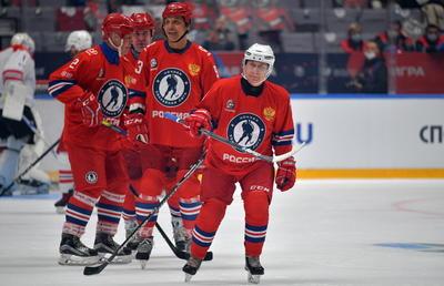 Al reducir el Tribunal de Arbitraje Deportivo a dos años la sanción propuesta por la Agencia Mundial Antidopaje, Rusia podrá acoger dicho torneo.