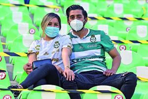 12052021 Salvador Garza y Sofía Torres.