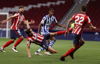 Atlético de Madrid derrota a la Real Sociedad y camina firme hacia el título de LaLiga