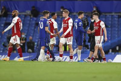 Con gol de Emile Smith Rowe, Arsenal supera al Chelsea
