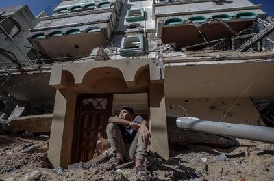 Israel inicia bombardeos desde tierra y aire en Franja de Gaza