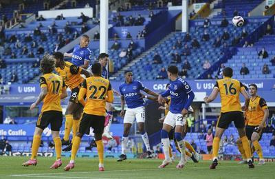 Everton, con opciones de clasificación a Europa tras triunfo ante Wolves