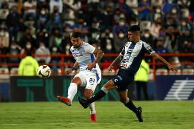 Empatan sin goles Pachuca y Cruz Azul en semifinal de ida