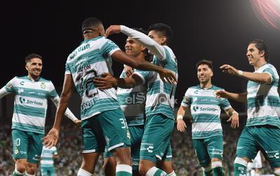 Santos Laguna golea al Puebla y pone un pie en la final del Guardianes 2021