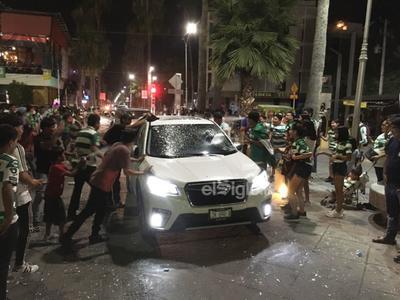 'Santosmanía' regresa a La Laguna para celebrar ventaja ante Puebla