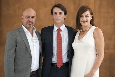 Eugenio Villarreal Russek con sus padres, Federico Villarreal y Valeria Russek.