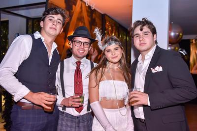 Bernardo Fernández, Benjamín Humter, Camila Chibli e Iván Glz.