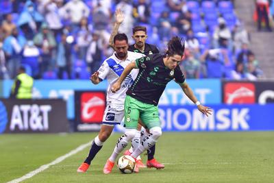 Santos Laguna no permite milagros del Puebla y avanza a la final