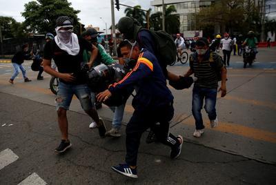Ordena presidente de Colombia despliegue militar 'máximo' tras protestas en Cali