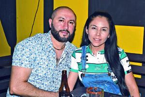30052021 Omar Hernández y Karla Covarrubias.