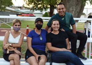 02062021 Susy, Mary, Ileana y Eduardo.