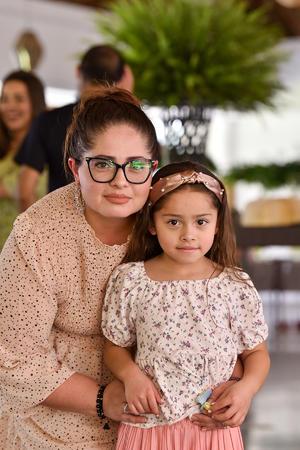 03062021 Fátima y Gabriela.