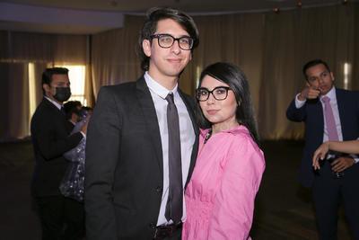 Salvador Atilano e Ilse Aguilar.