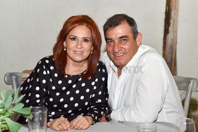 Linda y Héctor.