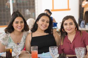 06062021 Jenny, Thalía y Blanca.