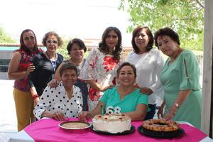 13062021 Acompañaron a Sanjuis en su festejo: Martha, Mary, Irma, Vero, Rosy, Chelito y Rosy.